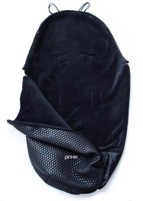 kliknutít zobrazíte maximální velikost obrázku  Pinkie Black Comb  vékonyabb bundazsák