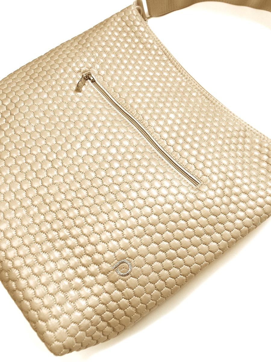 kliknutít zobrazíte maximální velikost obrázku  Nut Comb pelenkázó táska babakocsira - NAGY