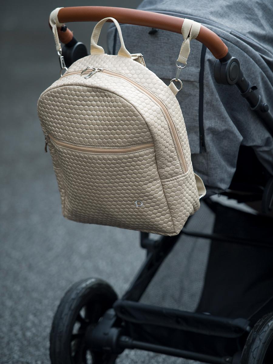 kliknutít zobrazíte maximální velikost obrázku  Bugee Nut Comb hátizsák