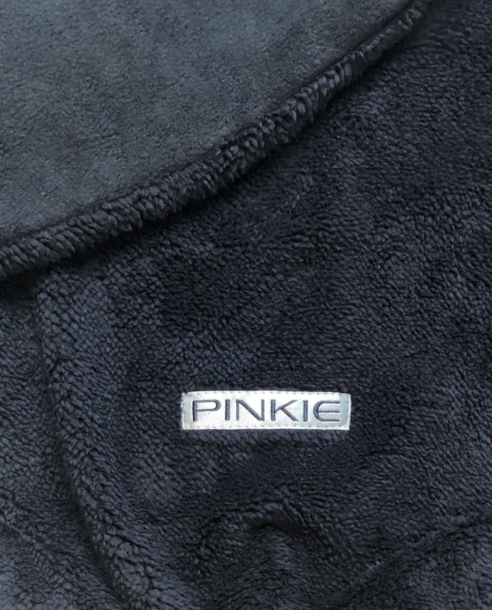 kliknutít zobrazíte maximální velikost obrázku Összehúzható  Pinkie Soft Black takaró